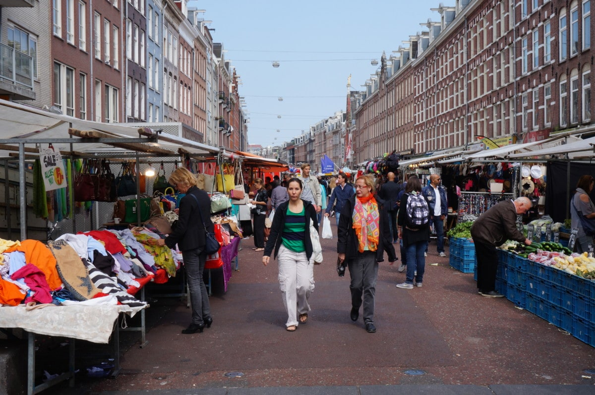 Albert Cuyp Market is a big outdoor market but does not offer much for tourists