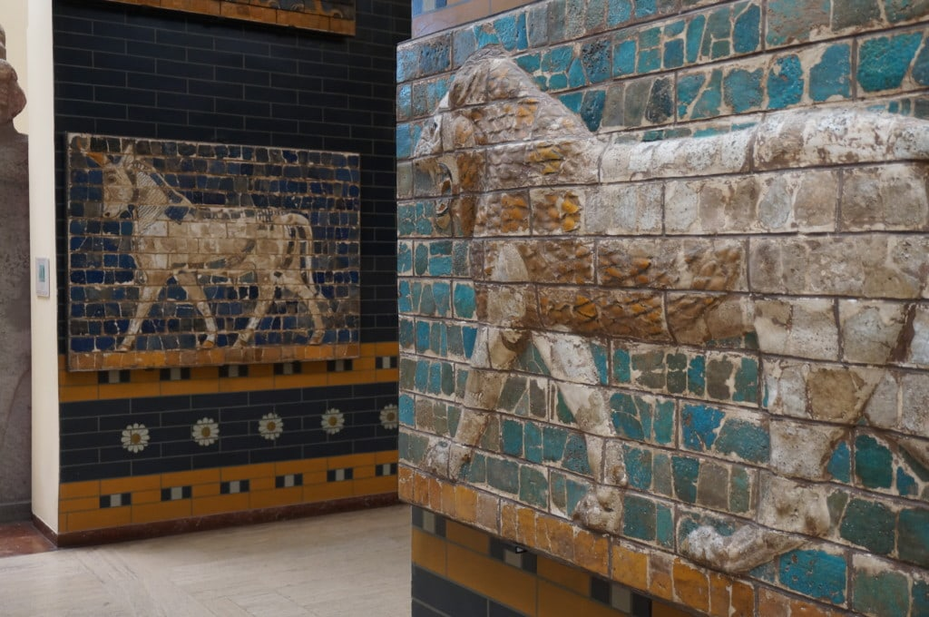 These lions of Babylon are part of the Ishtar Gate and are located at the Istanbul Archaeological Museums