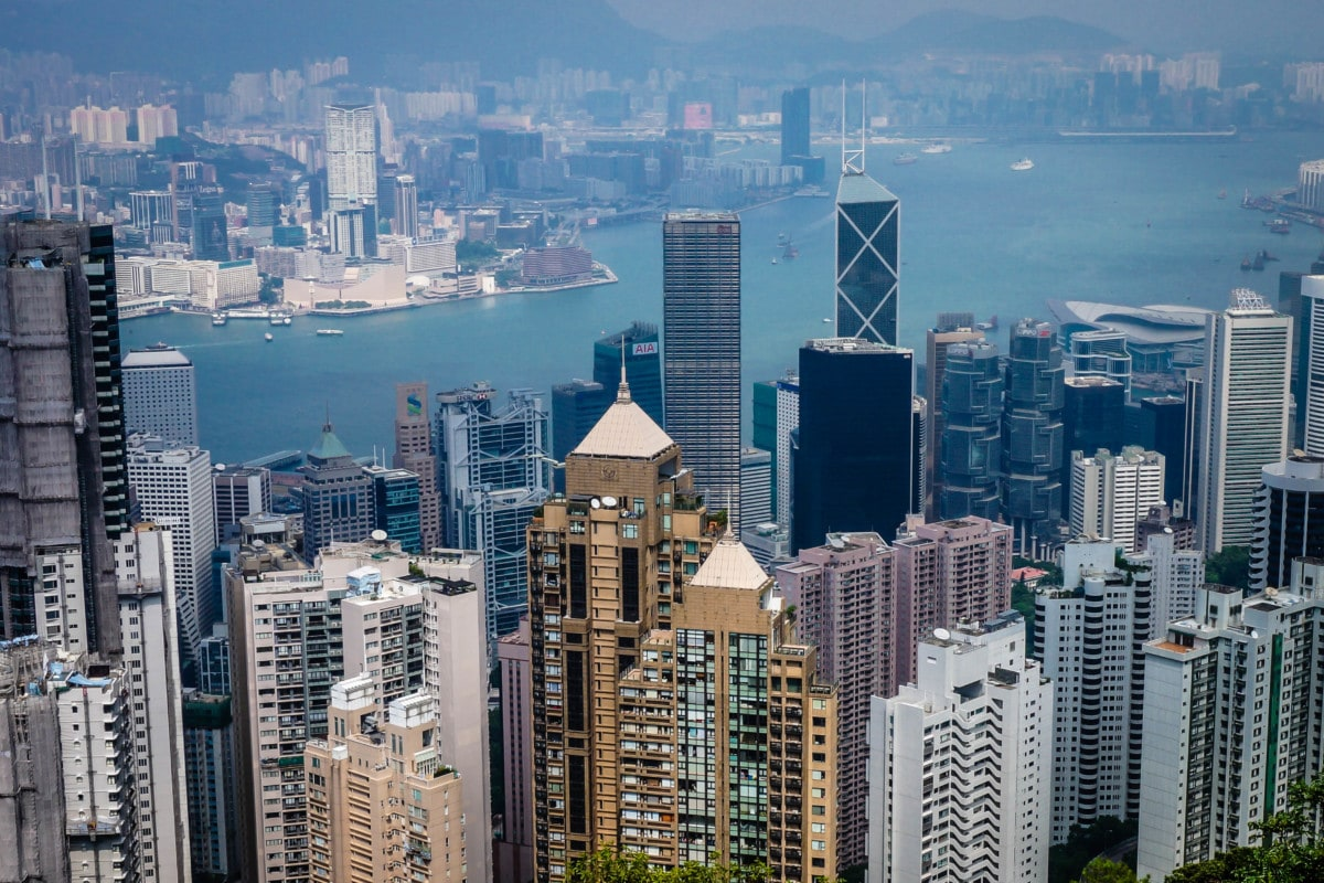 the best places to stay in hong kong victoria peak