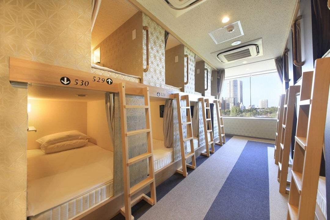 female only capsule hotel - Centurion Ladies Hostel Ueno Park