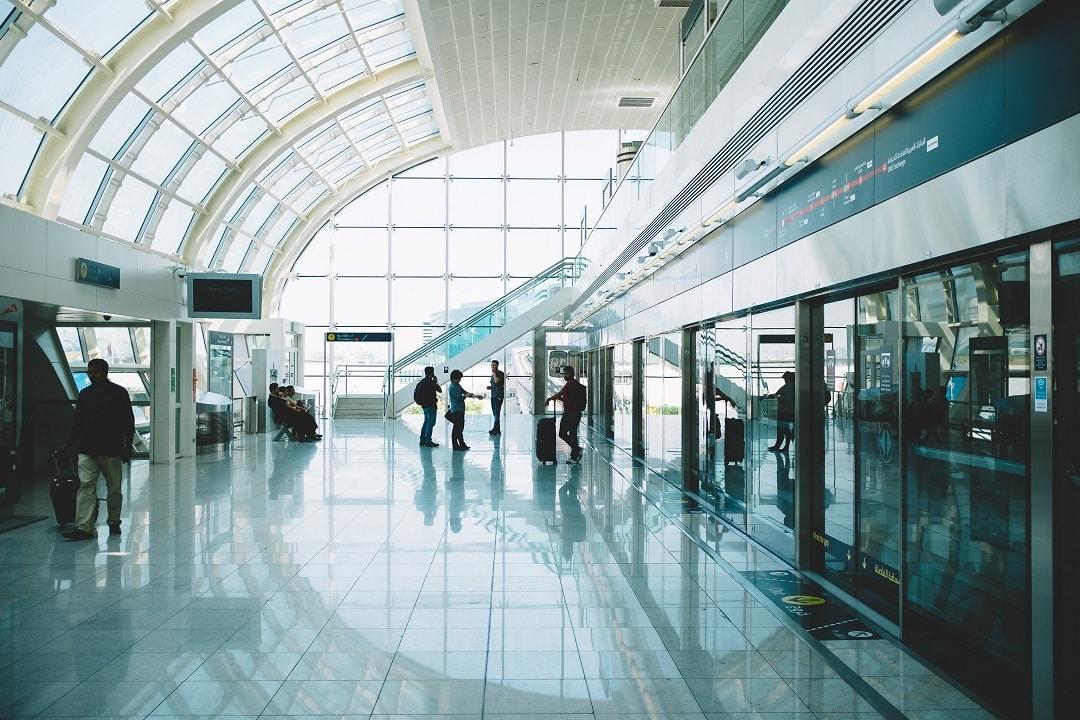 american express platinum benefits airport