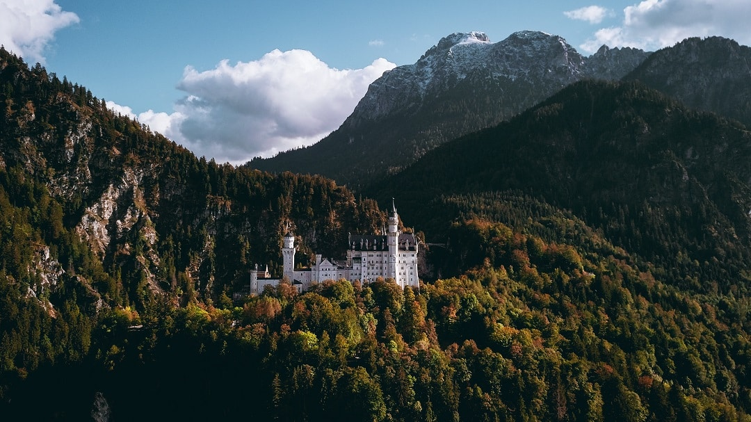 How much does it cost to go to Germany castle