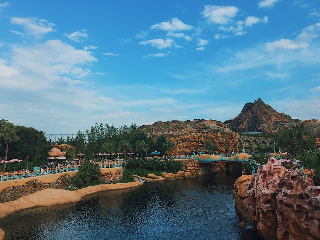 How much does it cost to go to Tokyo Disneysea
