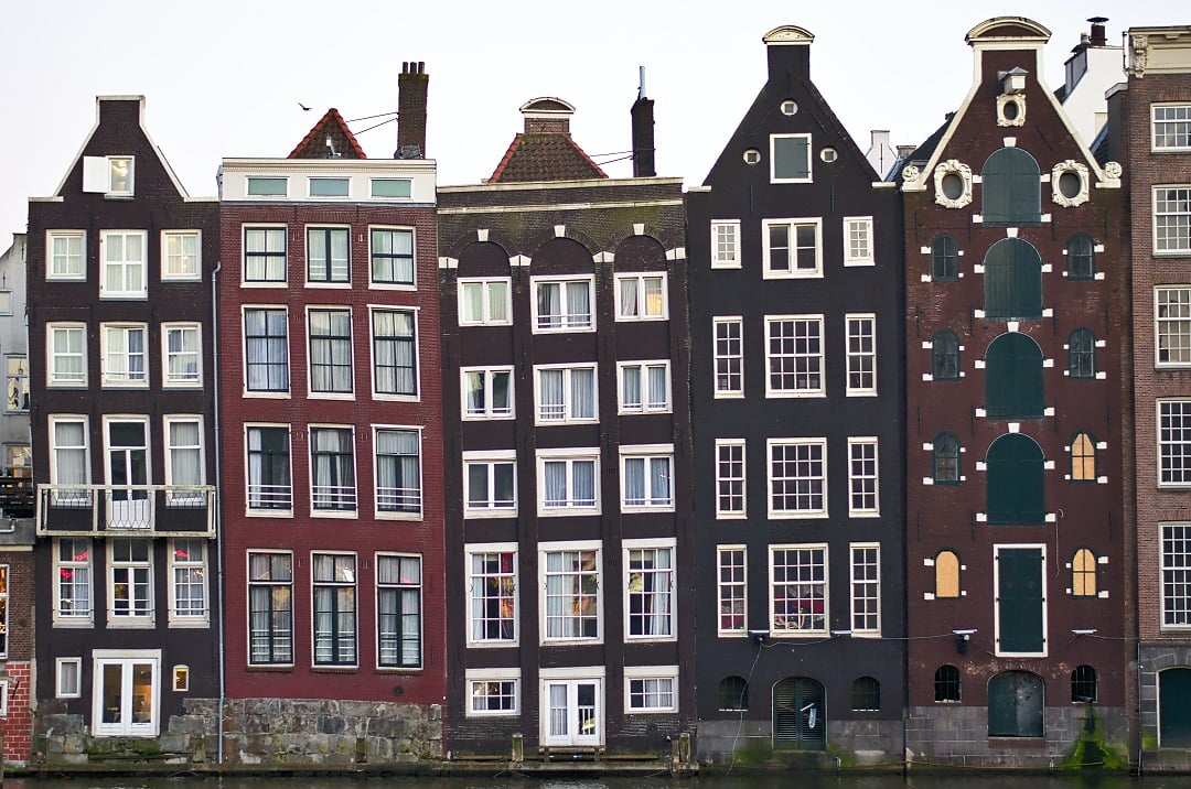 How much does it cost to go to Amsterdam houes