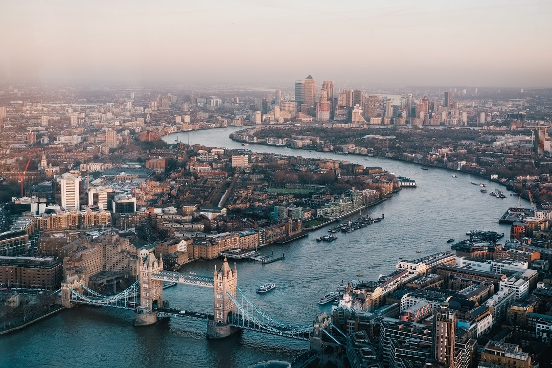 How much does it cost to go to london aerial