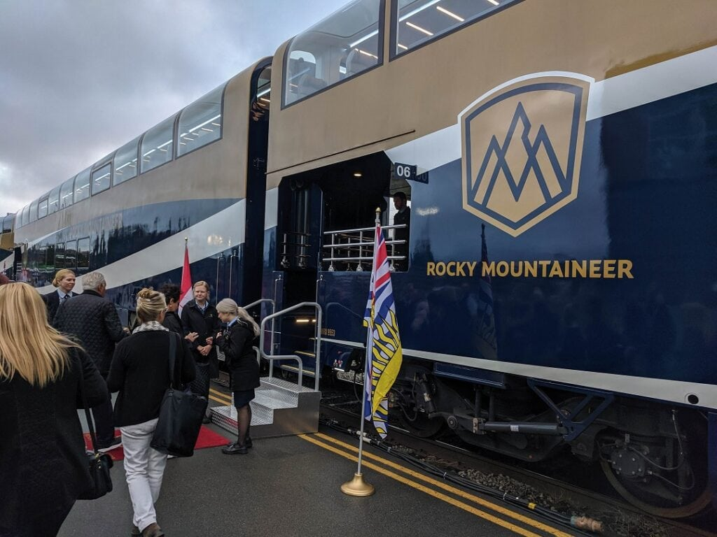 rocky mountaineer review boarding