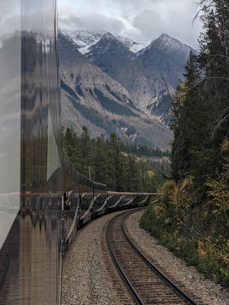Rocky Mountaineer Train Deals