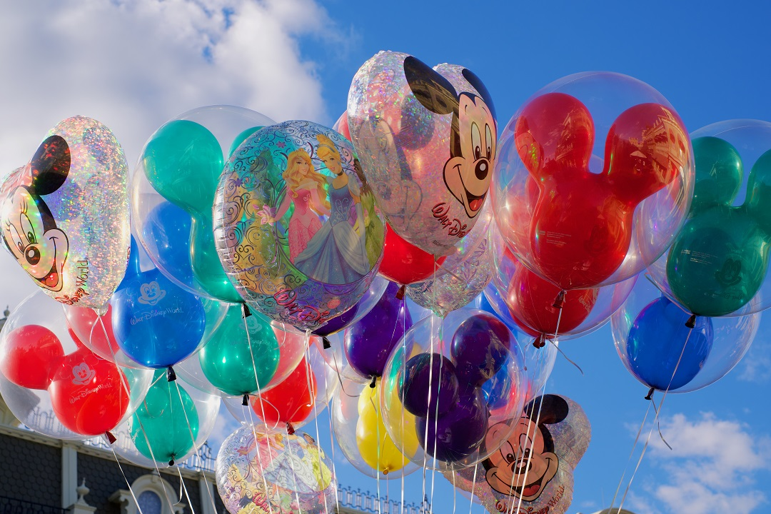 How much does it cost to go to Disney World ballons