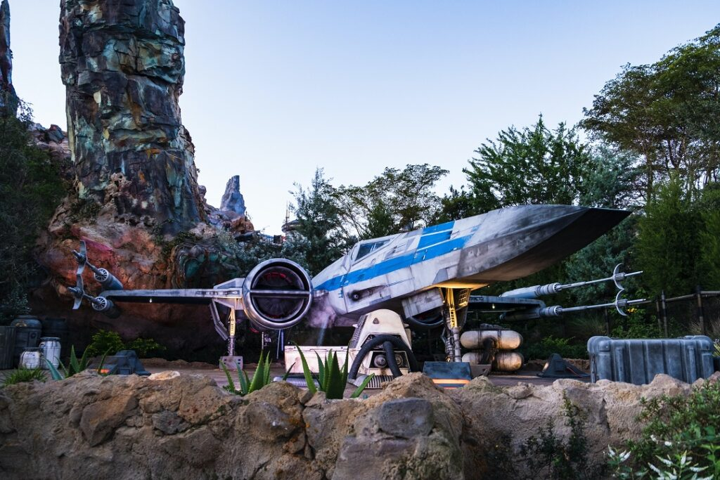 How much does it cost to go to Disney World Star Wars