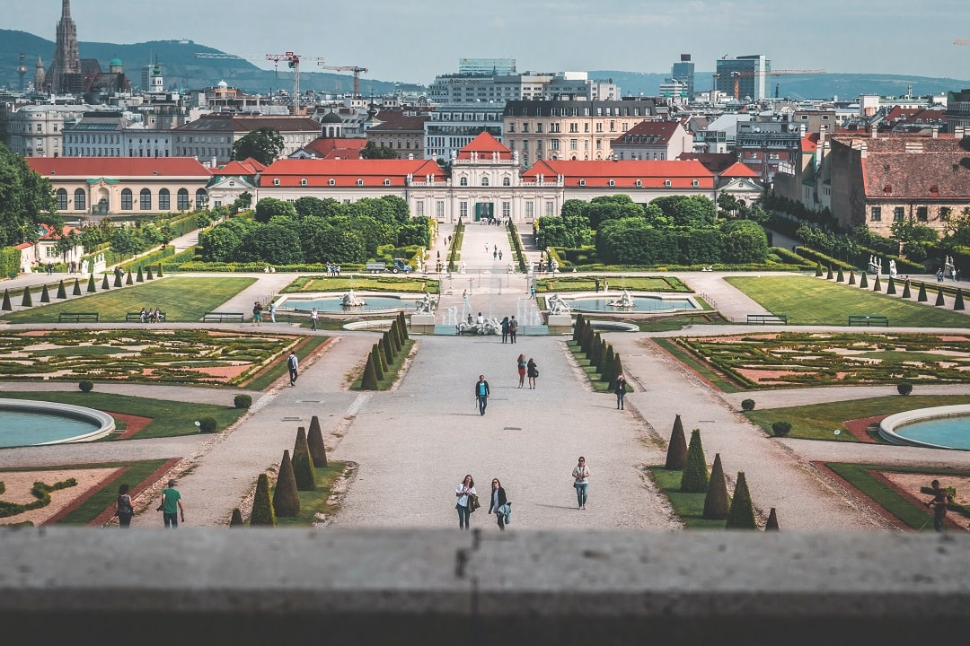 Cost to go to Austria palace