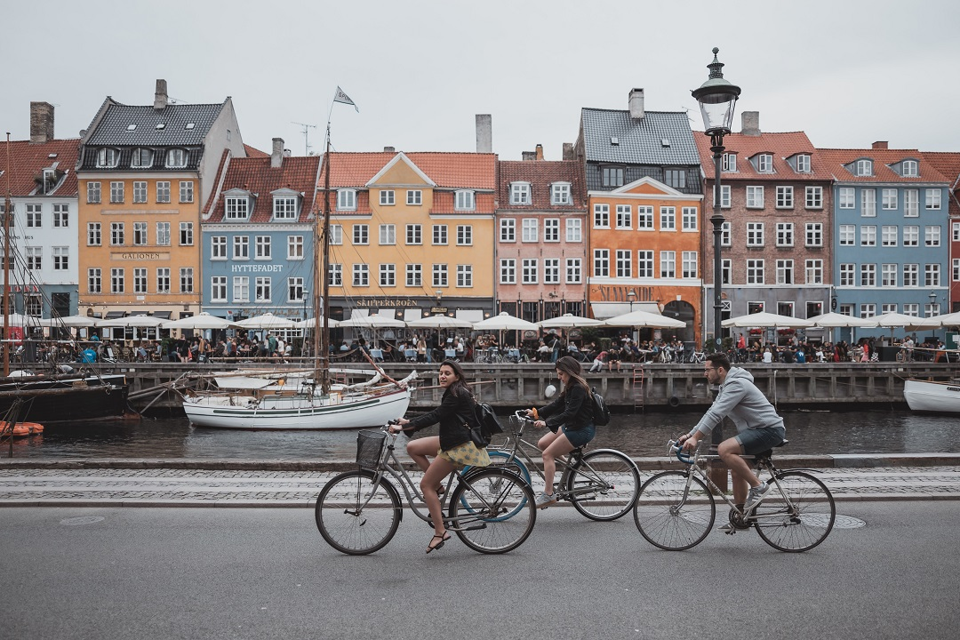 How much does it cost to go to Copenhagen bikes