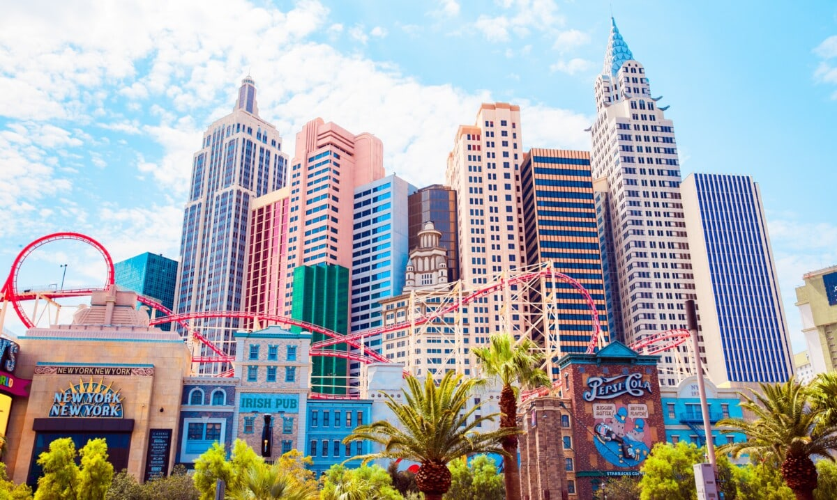 How much does it cost to go to Las Vegas Hotels