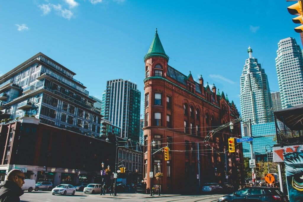 Cost to go to Toronto attractions