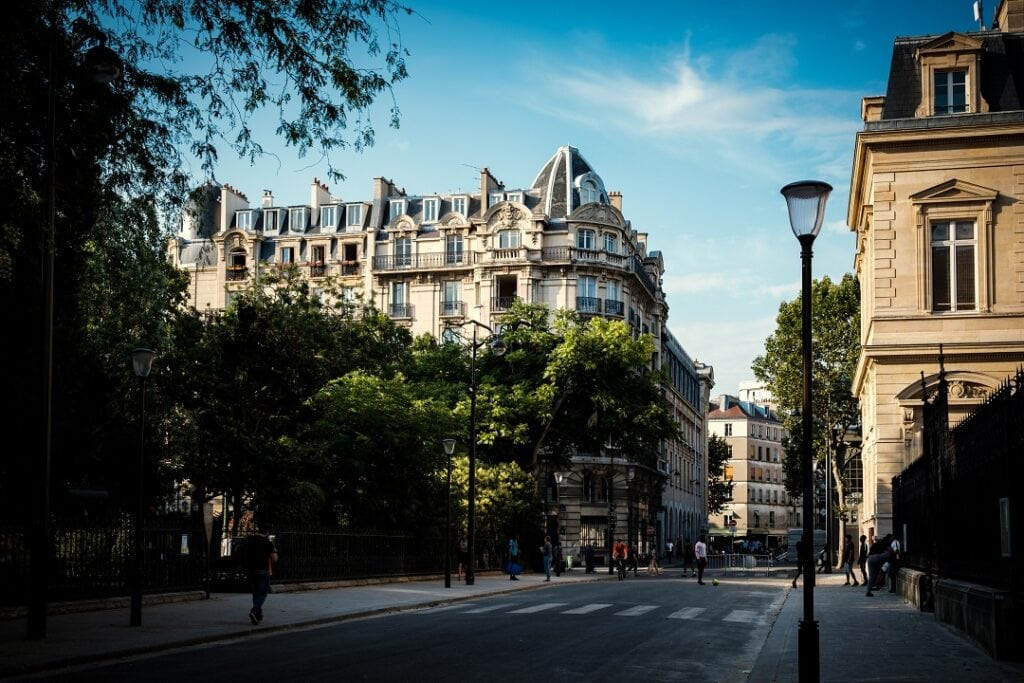 Paris on a budget accommodations