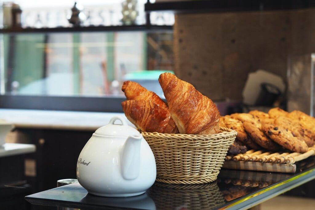 Paris on a budget food